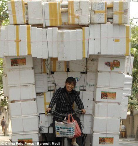 Vehículos sobrecargados en China (17)