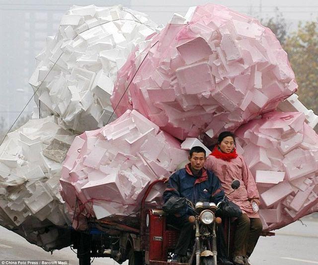 Vehículos sobrecargados en China (13)