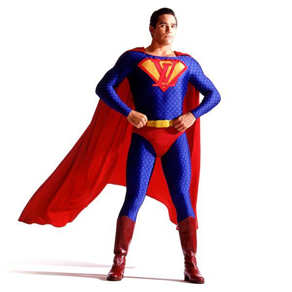 Superhéroes patrocinados por marcas famosas (6)