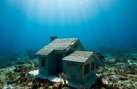 escultura fondo mar