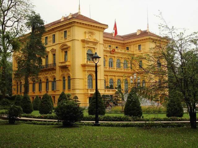 palacio presidencial vietnam