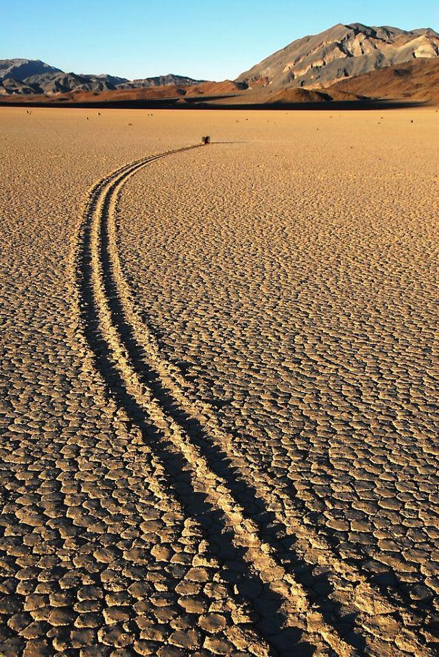 roca caminante valle muerte