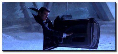 coche invisible bond