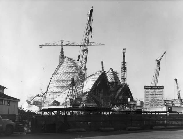 monumentos turísticos en construcción (29)