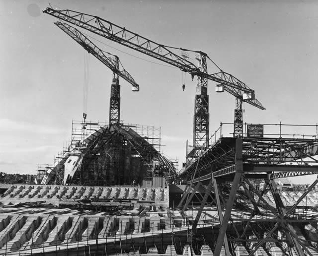monumentos turísticos en construcción (38)