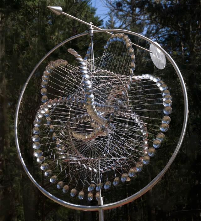 Esculturas cinéticas eólicas de Anthony Howe (3)