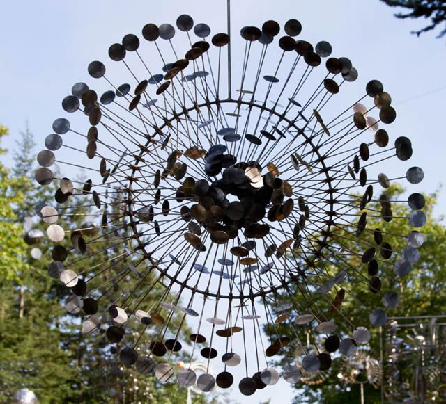 Esculturas cinéticas eólicas de Anthony Howe (7)