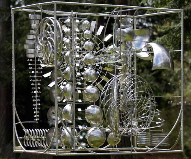 Esculturas cinéticas eólicas de Anthony Howe (6)