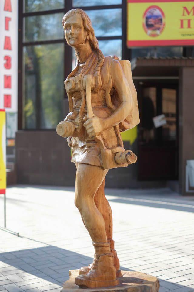 esculturas madera igor dzheknavarov (20)
