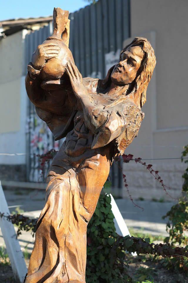 esculturas madera igor dzheknavarov (18)