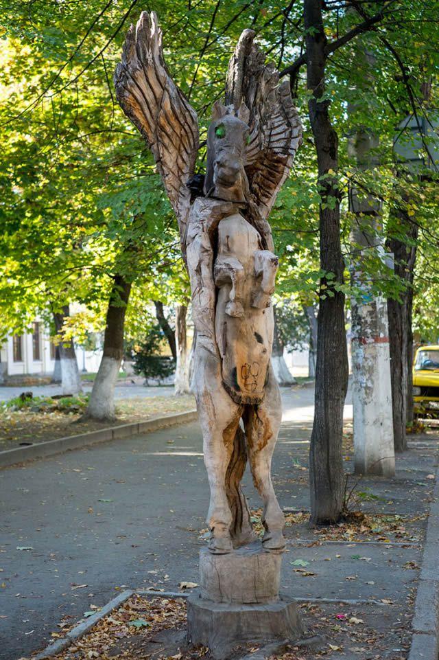 esculturas madera igor dzheknavarov (9)