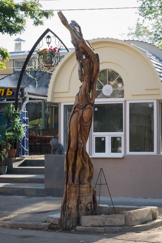 esculturas madera igor dzheknavarov (1)