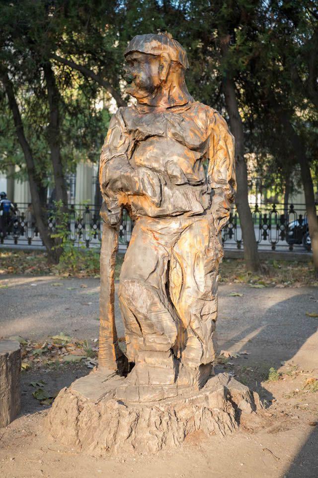 esculturas madera igor dzheknavarov (16)