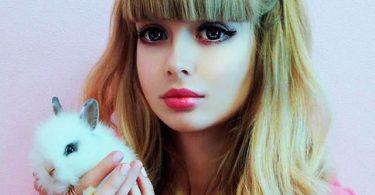Angelika Kenova Barbie Vida Real (20)
