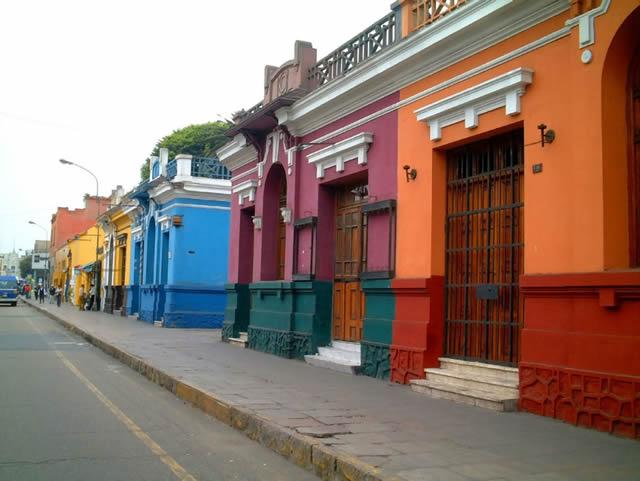 24 ciudades más coloridas del mundo 04
