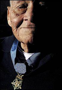 Lopez Mendoza Jose Medalla Honor