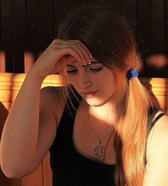 Julia Vins (18)