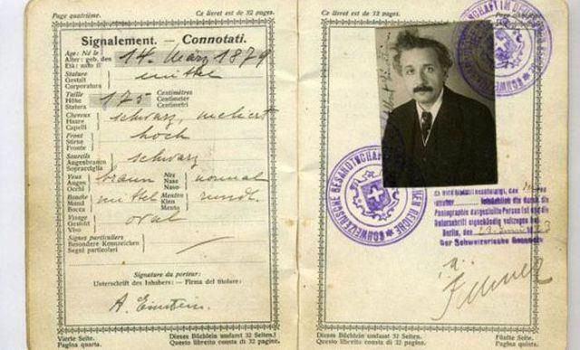 Pasaporte de Albert Einstein (1)