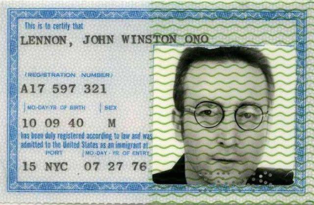 Pasaporte de John Lennon (13)