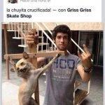 Joven de Tecate sube foto de perro crucificado a Facebook