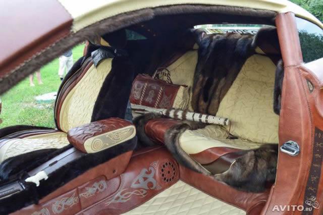auto completamente cubierto cuero de bisonte (5)