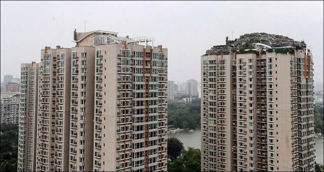 Excéntrico empresario construye casa en edificio en Beijing (3)