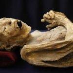 Niño alemán encuentra momia egipcia en el sótano de su abuela
