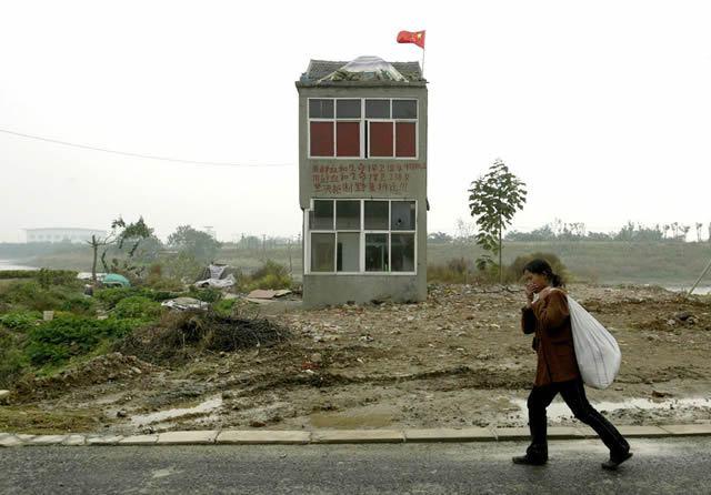 nail houses china (9)