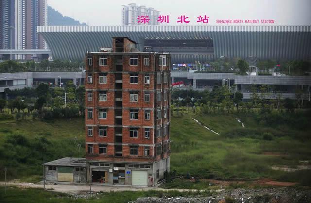 nail houses china (25)