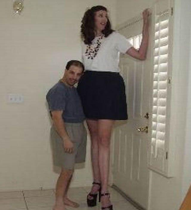 parejas más extrañas del mundo (7)