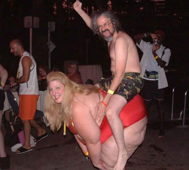 parejas más extrañas del mundo (51)