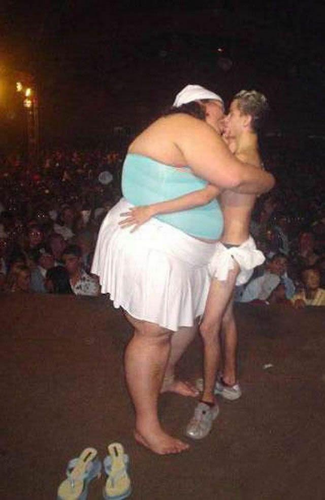 parejas más extrañas del mundo (49)