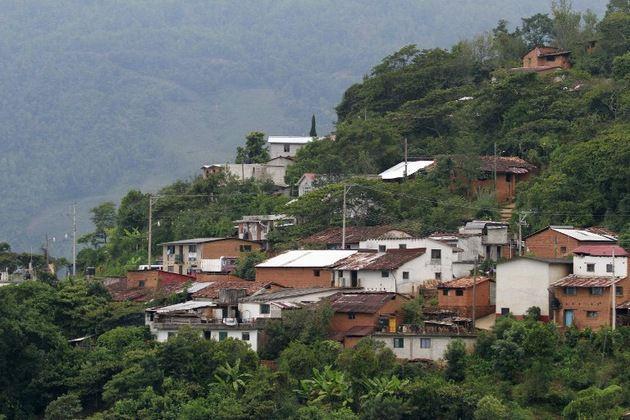 Villa Talea de Castro, pueblo indigena con red celular propia (3)