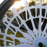 Diseñadora crea animación en ruedas de bicicleta usando ilusión óptica