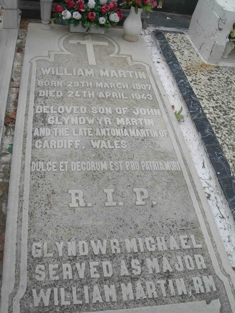 Glyndwr Michael tumba