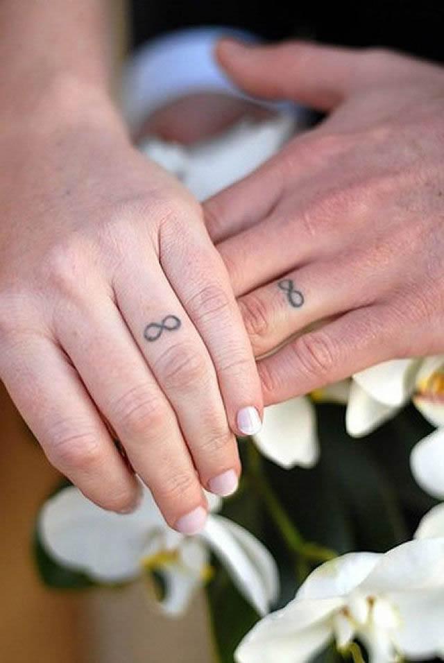 los 45 mejores tatuajes de anillos de bodas marcianos. Black Bedroom Furniture Sets. Home Design Ideas