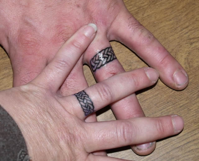tatuajes de anillos de bodas (32)