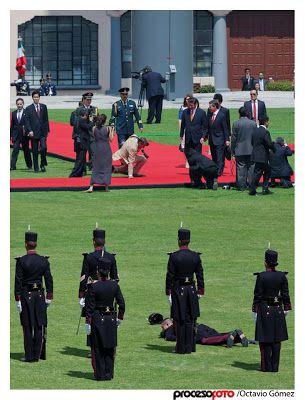 soldados caidas desmayos (5)