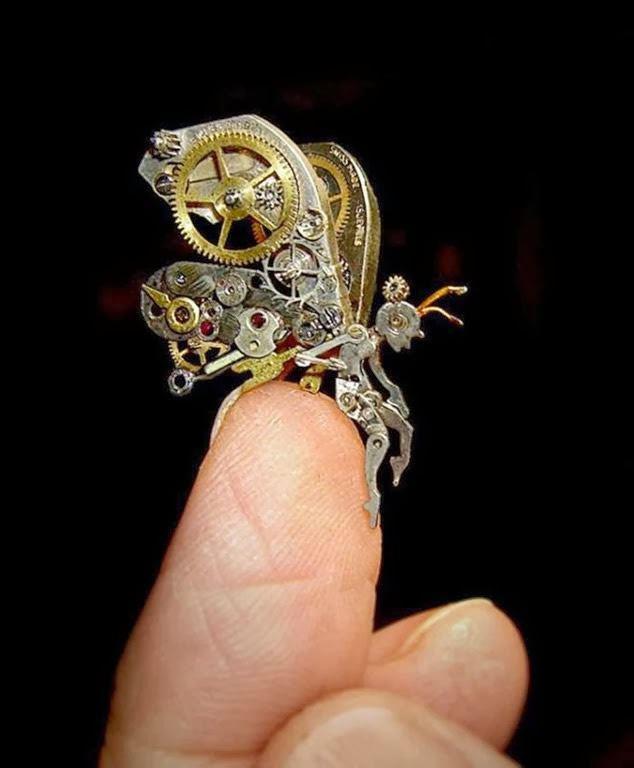 esculturas naturales hechas en relojes antiguos (1)