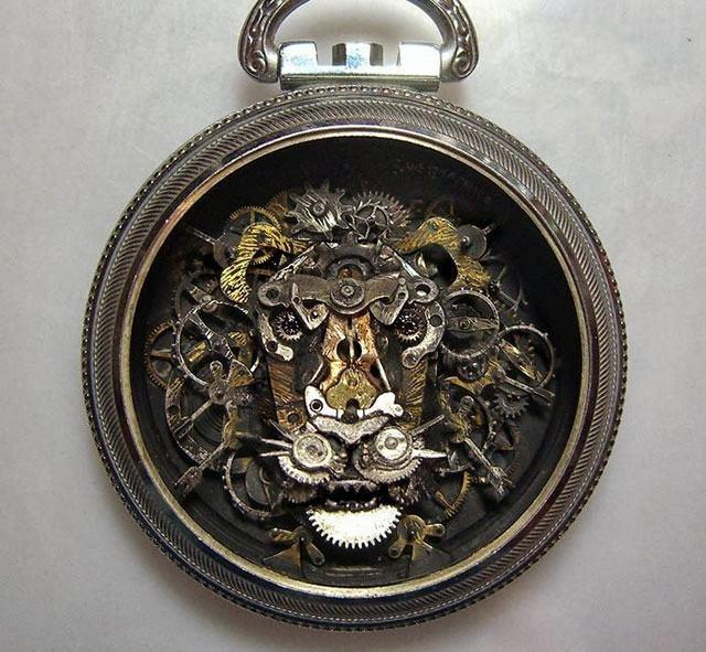 esculturas naturales hechas en relojes antiguos (9)