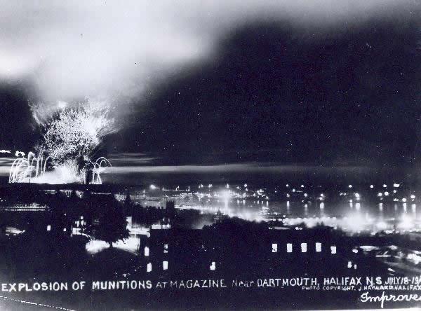 Mont-Blanc en llamas en Halifax