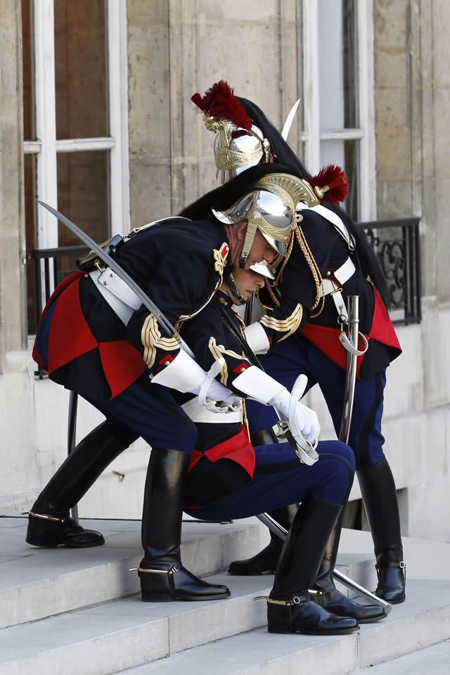 soldados caidas desmayos (9)
