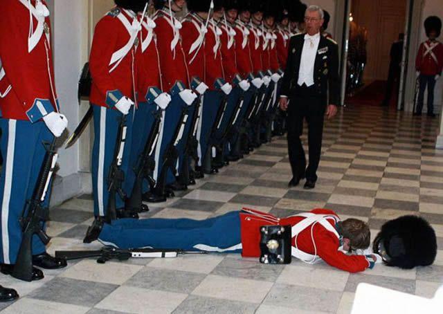 soldados caidas desmayos (2)