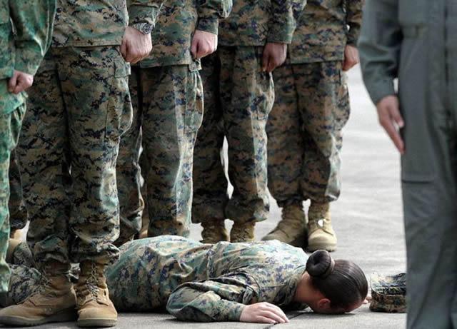 soldados caidas desmayos (16)