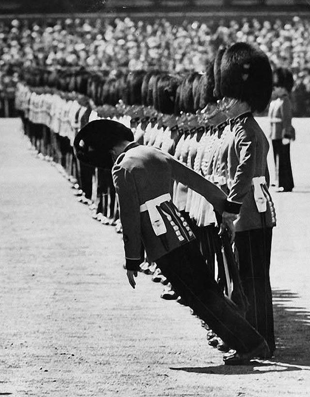 soldados caidas desmayos (14)