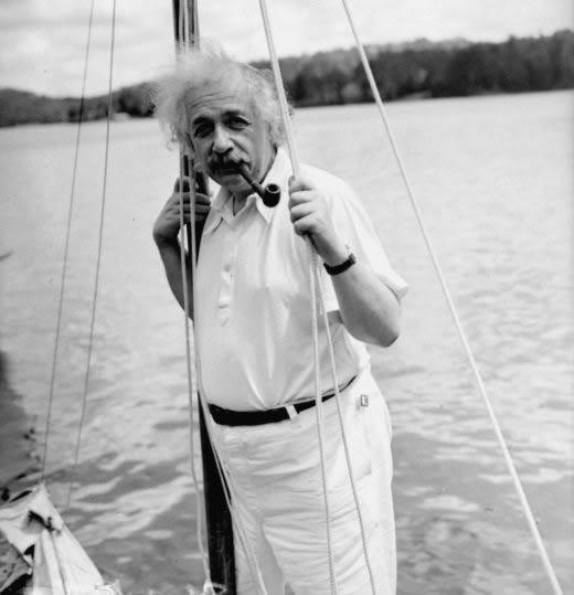 Albert Einstein velero