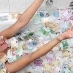 Jeane Napoles, la mujer que se baña en dinero