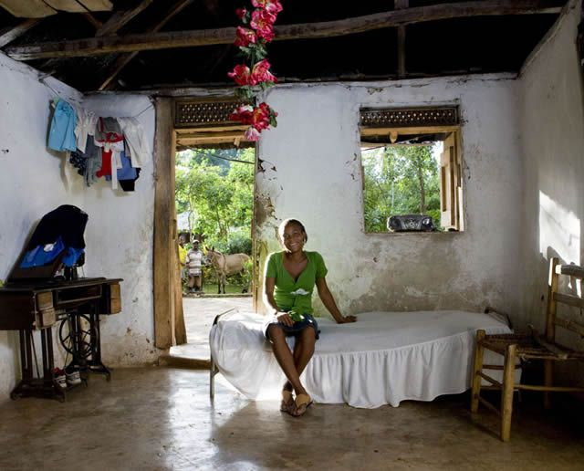 Habitaciones de mujeres jóvenes en todo el mundo 04