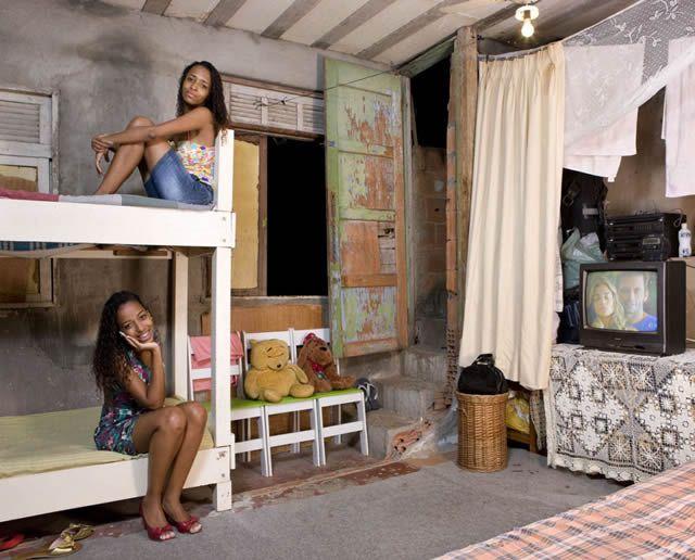 Habitaciones de mujeres jóvenes en todo el mundo 14