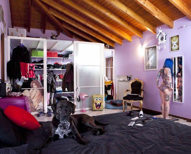 Habitaciones de mujeres jóvenes en todo el mundo 15